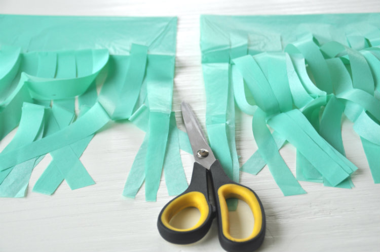 tassels cut garland