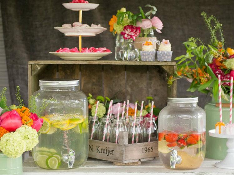 Ideeën voor een magisch versierd tuinfeest