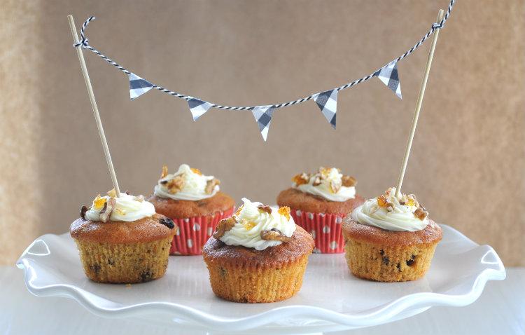 cupcake banner garland diy slinger vlaggetjes