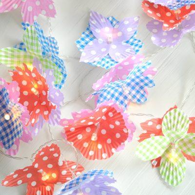 DIY lichtsnoer met bloemen