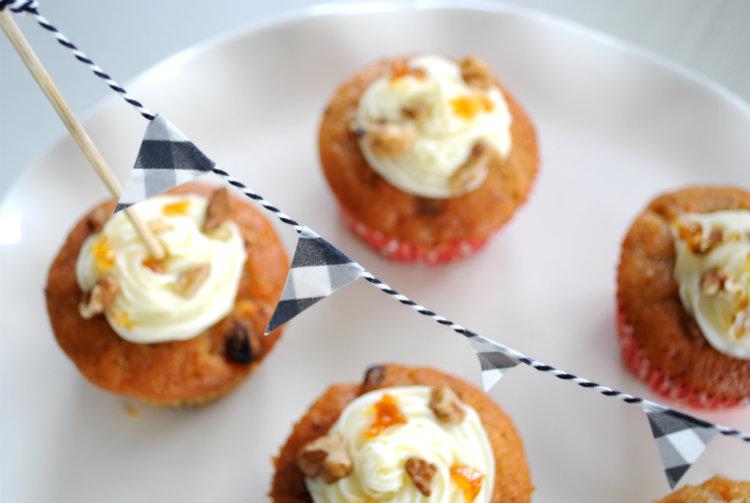 vlaggetjes slinger cupcakes taart