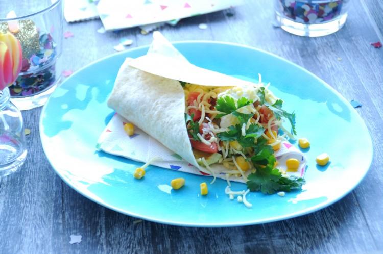carnaval eten hapjes burrito