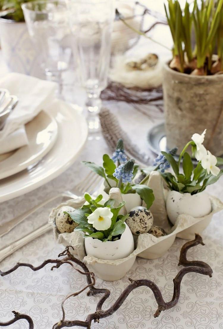 pasen eieren tafel decoreren