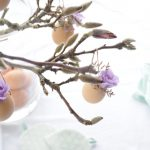 Magnoliatak versieren voor Pasen