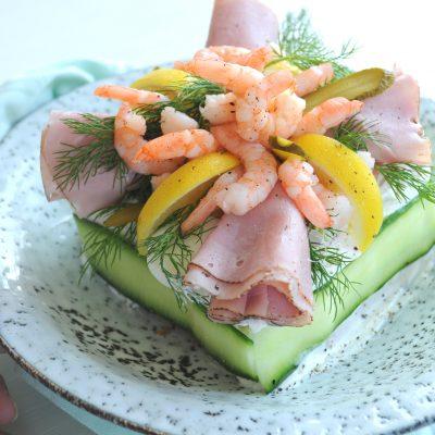 Mini Smörgåstårta: feestelijke Zweedse broodtaart