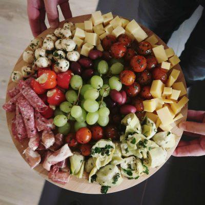 Antipasti platter: Italiaanse borrelplank