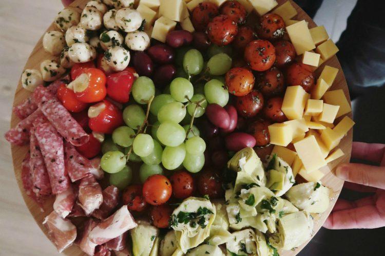 Antipasti platter: heerlijke recepten voor een Italiaanse borrelplank