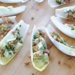 Borrelhapje: witlofschuitjes met roquefort & appel