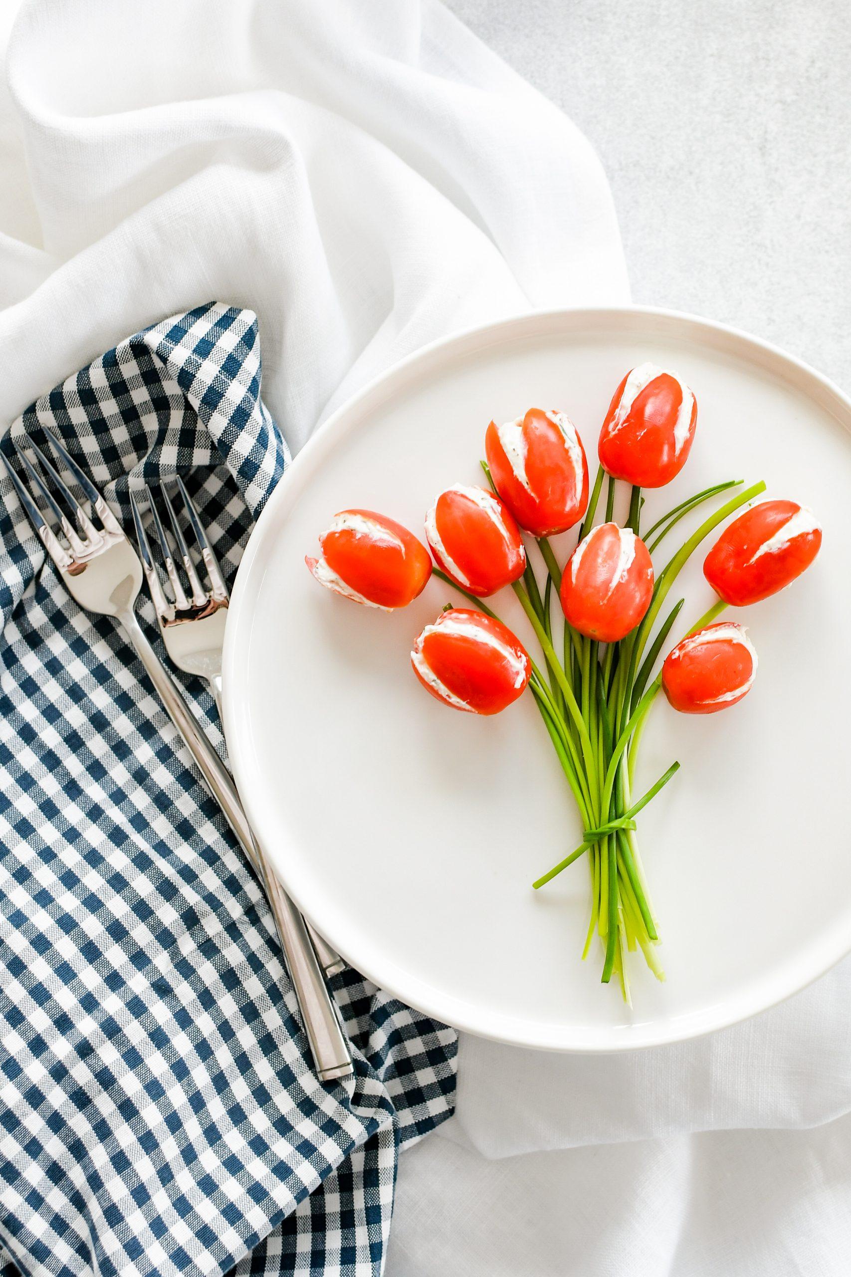 tulpen van tomaatjes, boeket met tomatentulpen