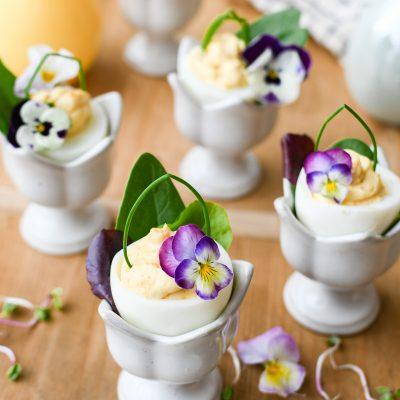 Easter egg baskets | rechtop gevulde eieren